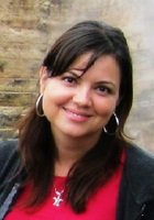 A photo of Laura, a tutor from University of Hawaii
