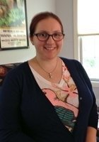 A photo of Lauren, a tutor from Hollins University