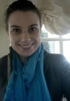 A photo of Anna, a tutor from Bowdoin College