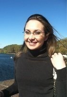 A photo of Jessica, a tutor from Simmons College