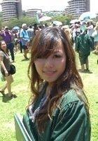 A photo of Tina, a tutor from University of Hawaii at Manoa
