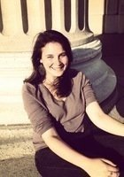 A photo of Emily, a tutor from Barnard College