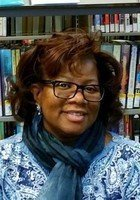 A photo of Linda, a tutor from UW-Milwaukee