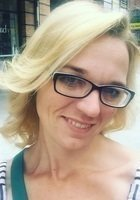 A photo of Amanda, a tutor from Santa Clara University