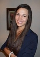 A photo of Courtney, a tutor from University of Oregon