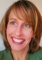 A photo of Rachel, a tutor from Beloit College