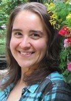 A photo of Julie, a tutor from John Carroll University