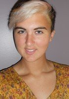 A photo of Lauren, a tutor from Boston University