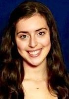 A photo of Violet, a tutor from Brown University (transferring from the University of St Andrews)