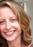 A photo of Zoe, a tutor from Grinnell College