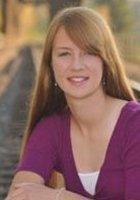 A photo of Kelsey, a tutor from Willamette University