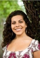 A photo of Karina, a tutor from Florida State University