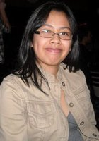 A photo of Nicole, a tutor from Stony Brook University