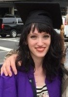 A photo of Lizzie, a tutor from New York University