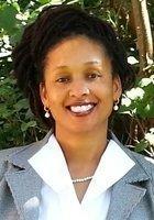A photo of Shonda, a tutor from Loyola Marymount University