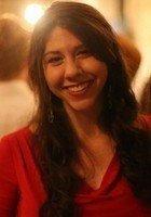 A photo of Naomi, a tutor from Brandeis University