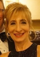 A photo of Mary, a tutor from University of Wisconsin-Milwaukee