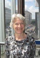 A photo of Sara, a tutor from New York University