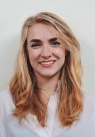 A photo of Sofia, a tutor from University of Oregon