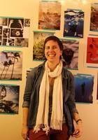 A photo of Lauren, a tutor from Tufts University