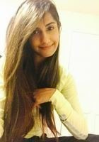 A photo of Amna, a tutor from University of Houston