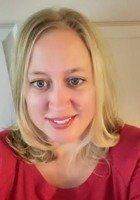 A photo of Sarah, a tutor from Drake University