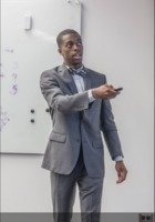 A photo of Malik, a tutor from University of Illinois at Chicago