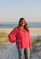 A photo of Shelby, a tutor from Middle Tennessee State University