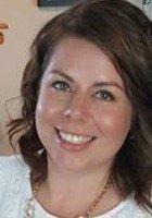A photo of Angela, a tutor from Oakland University