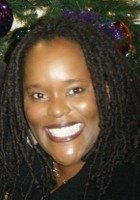 A photo of Estrellita, a tutor from Saint Marys College of California