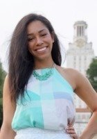 A photo of Destiny, a tutor from The University of Texas at Austin