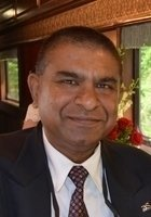 A photo of Navin, a tutor from Indian Institute of Technology