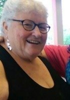 A photo of Mary Helen, a tutor from Chestnut Hill College