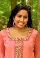 A photo of Simran, a tutor from Youngstown State University