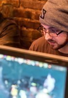 A photo of Chris, a tutor from Stony Brook University