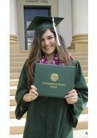 A photo of Stephanie, a tutor from University of Hawaii at Manoa