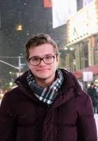 A photo of Ilya, a tutor from Tufts University