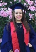 A photo of Daniela, a tutor from University of Arizona
