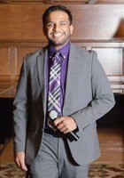 A photo of Ishan, a tutor from Wayne State University
