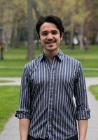 A photo of Luis, a tutor from Bowdoin College