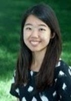 A photo of Ya-yi, a tutor from National Taiwan University