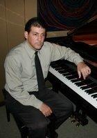 A photo of Orlando, a tutor from University of Kansas