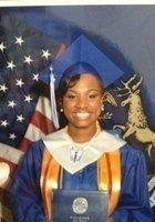 A photo of Allia, a tutor from Kalamazoo College