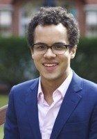 A photo of Devon, a tutor from Harvard University