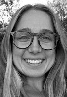 A photo of Emily, a tutor from University of California-Santa Cruz