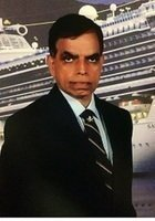 A photo of Suresh, a tutor from Indiana Institute of Technology