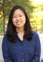 A photo of Linda, a tutor from University of Chicago