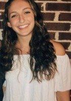 A photo of Maddy, a tutor from Vanderbilt University