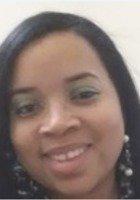 A photo of Angela, a tutor from Salisbury University