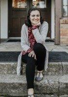 A photo of McKenzie, a tutor from George Fox University